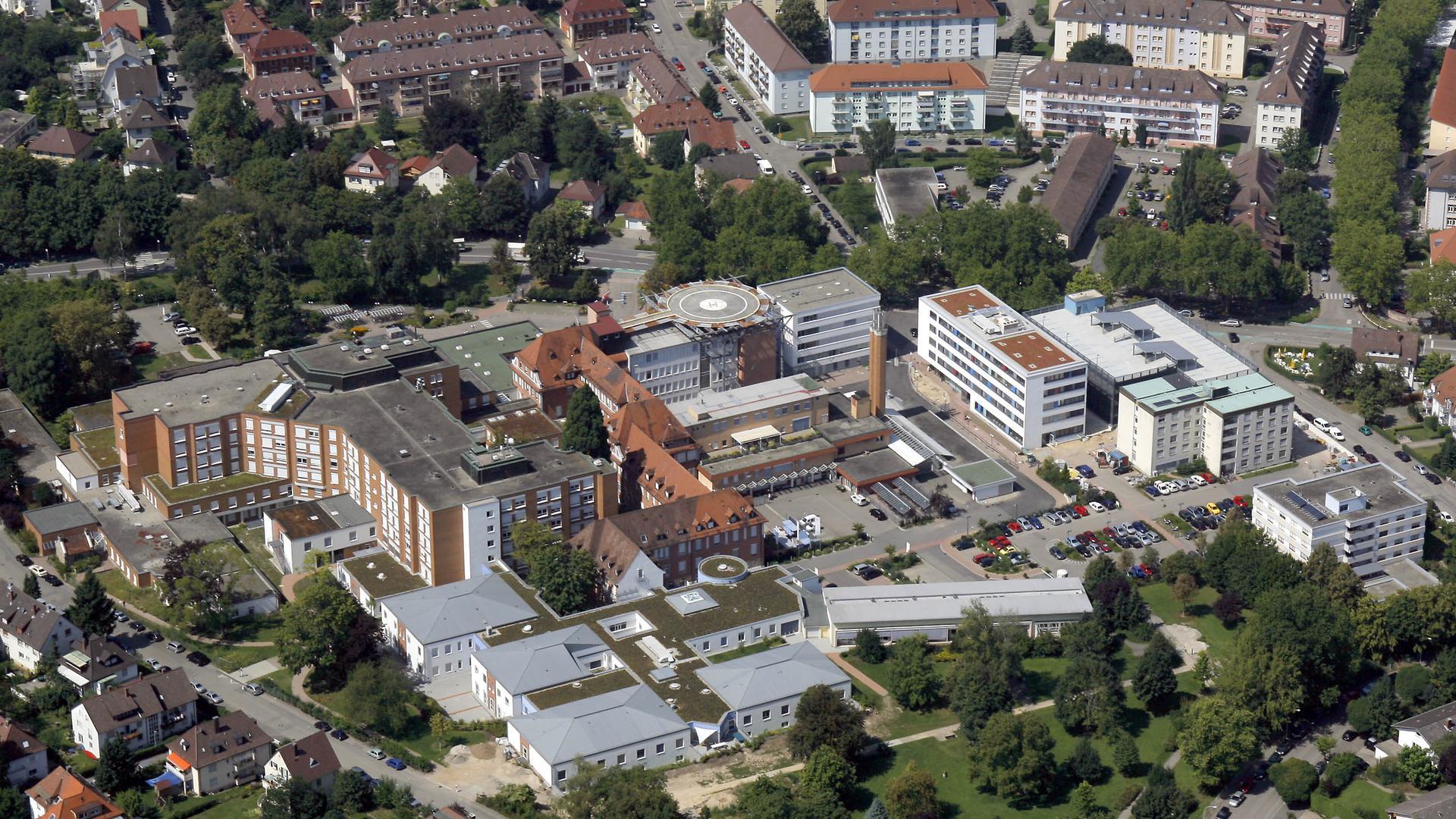 Luftbild eines Krankenhauses