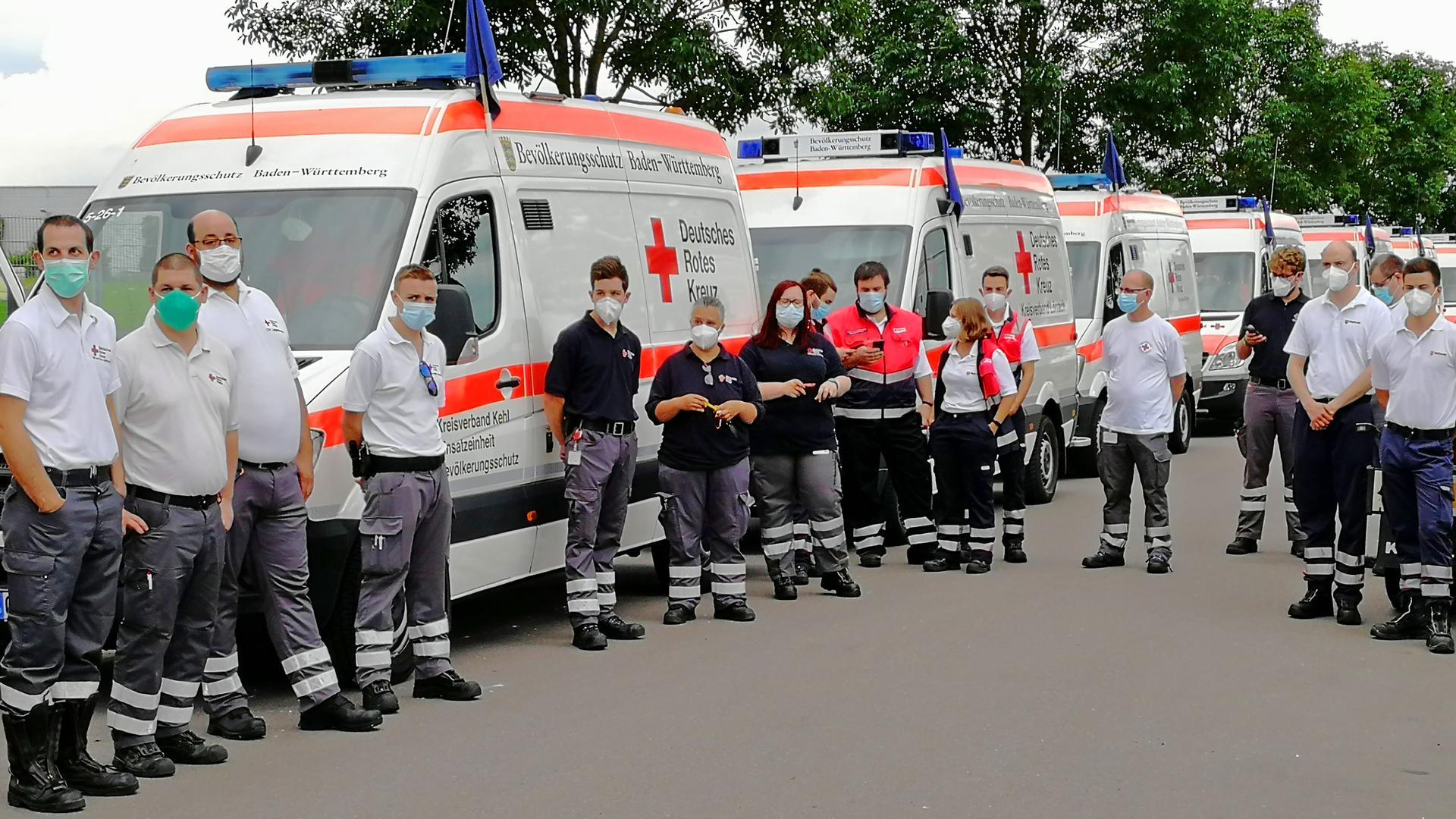 Rettungskräfte des Ortenaukreises starten in Richtung Ahrweiler.