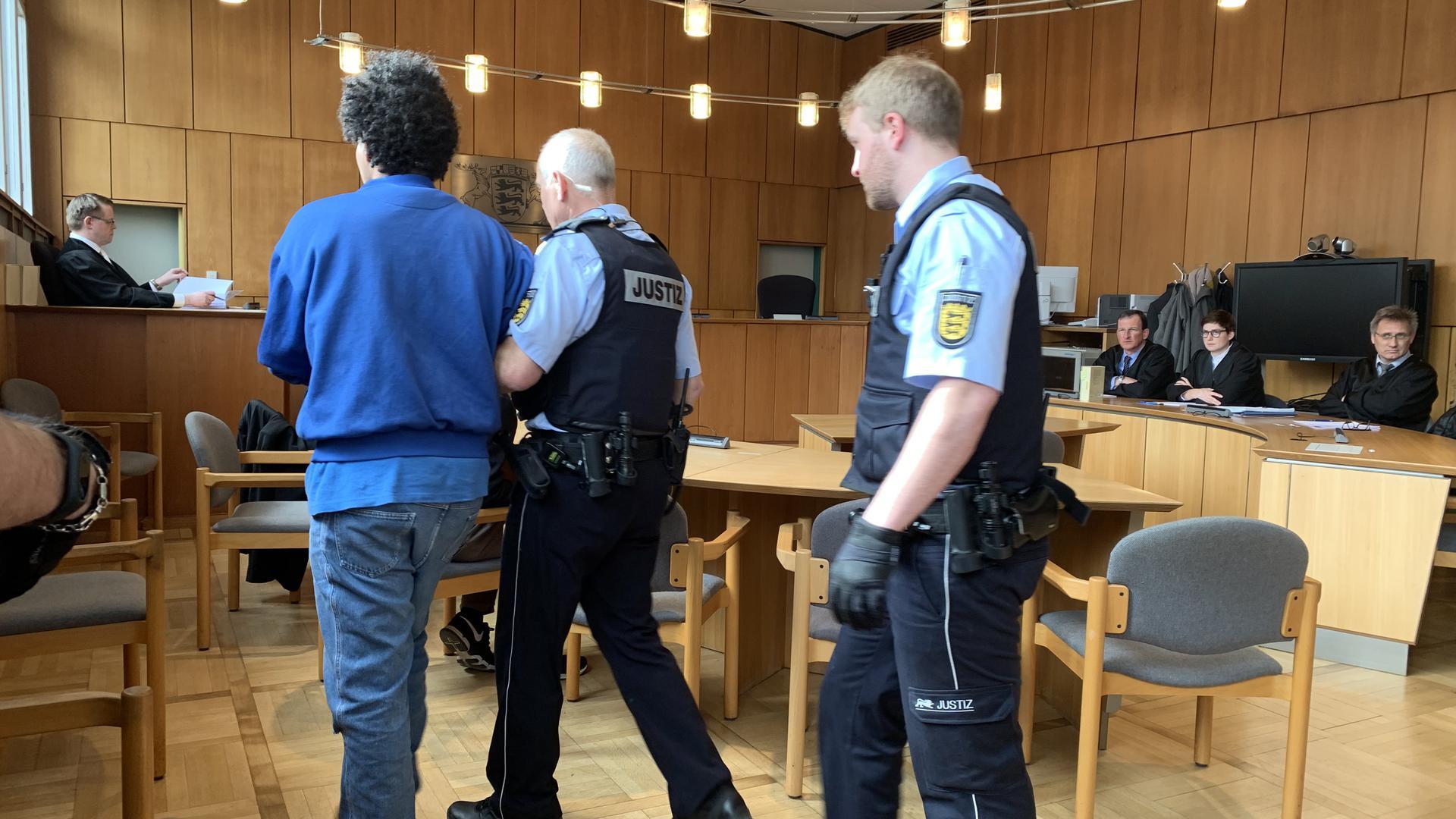 Szene aus dem Gerichtssaal