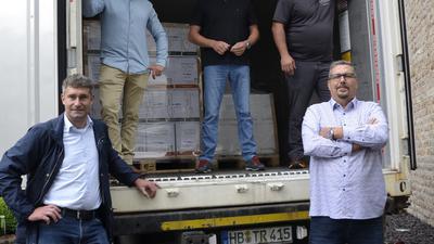 Ahmed Hashem (rechts vorne) mit den Vertretern der Ortenauer Betriebe.  Foto: Hubert Röderer
