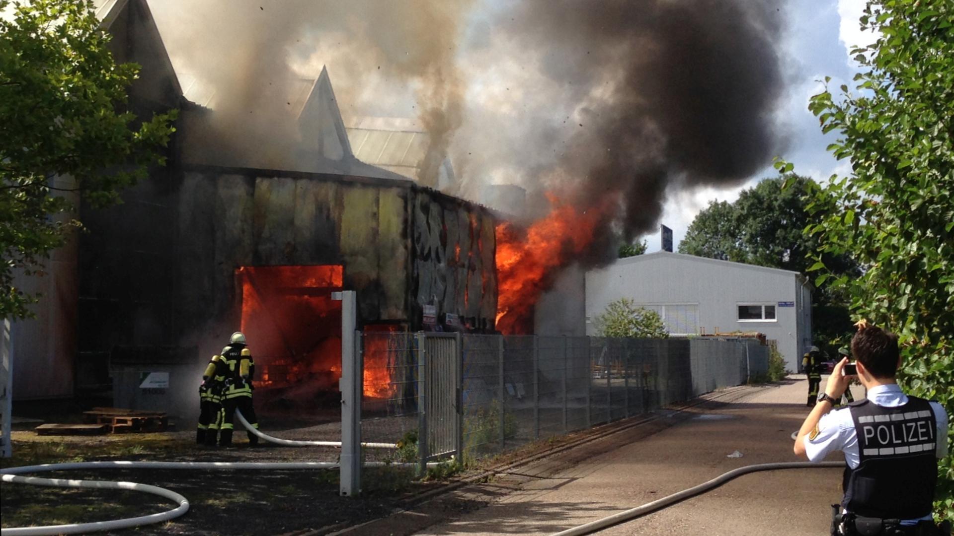 Brand in Chemielager in Achern