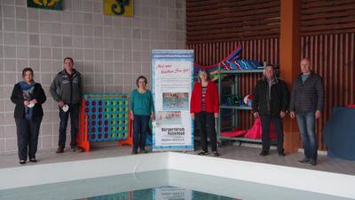 Das Bürgerforum Hallenbad Honau freut sich über die Anerkennung ihrer Arbeit aus Berlin