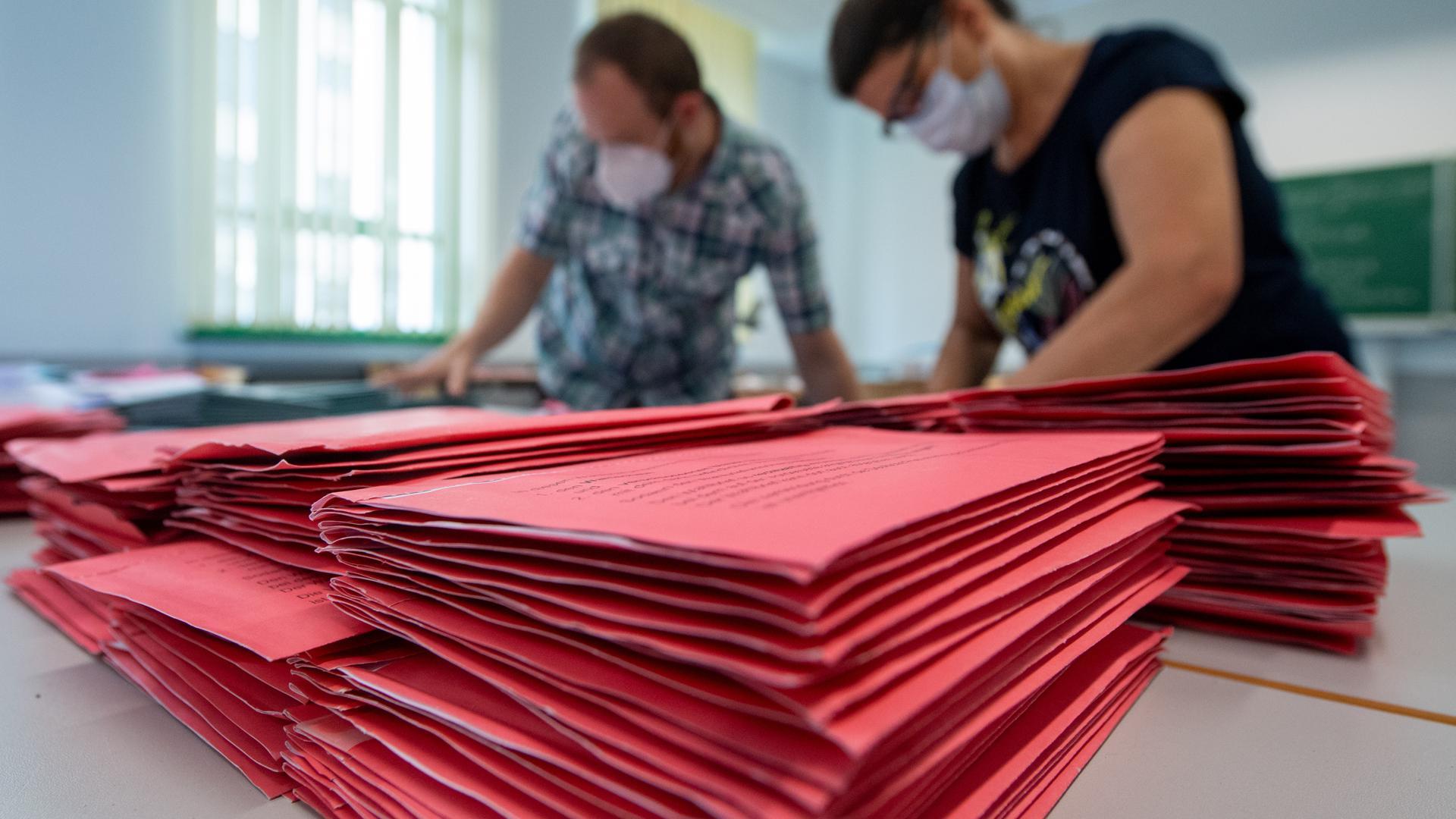 Die Briefwahl ist die Lösung: Jeder zweite Wähler und jede zweite Wählerin dürfte sich für den 26. September für die Briefwahl entscheiden. Die Kommunen stellen sich darauf ein, im Wahlkreis Offenburg gibt es 75 Briefwahlbezirke.