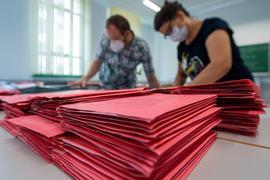 Seit 1957 ist der Anteil der Briefwähler in Deutschland gestiegen.