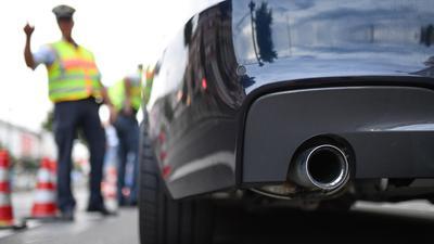 Breit und laut:In Mannheim machen die Autoposer den Anwohnern das Leben zur Hölle. Foto: Uwe Anspach