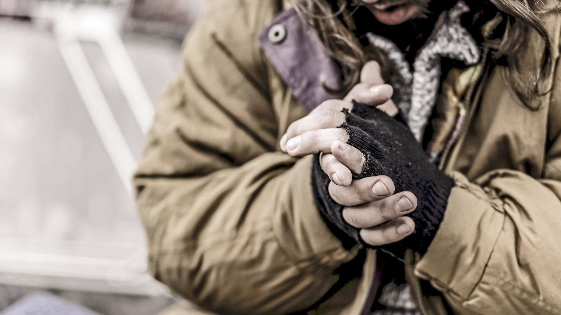 Winter unter Corona-Bedingungen macht das Leben für Obdachlose besonders hart. In Achern gibt es genügend städtische Unterkünfte, wo auch auf die notwendige Hygiene geachtet wird. Bislang gab es dort noch keinen Covid-19-Fall, bestätigt die Stadtverwaltung. Foto: Michael Brück