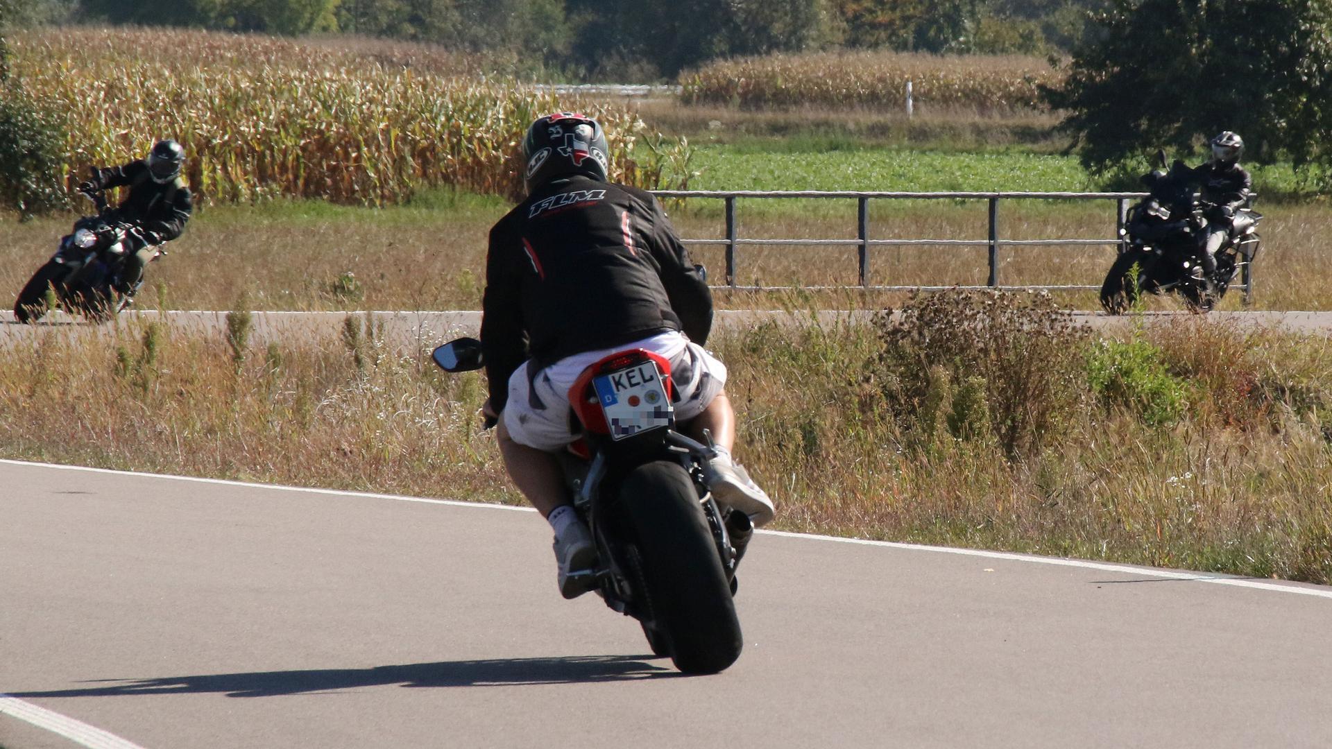 Motorradfahrer Bische-Wagshurst K5311