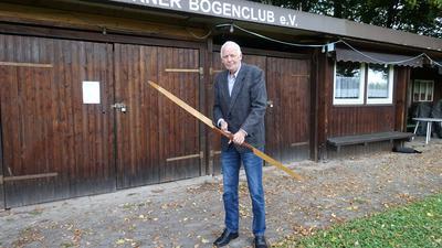 Rüdiger Lüken, Vorsitzender des Acherner Bogenclubs