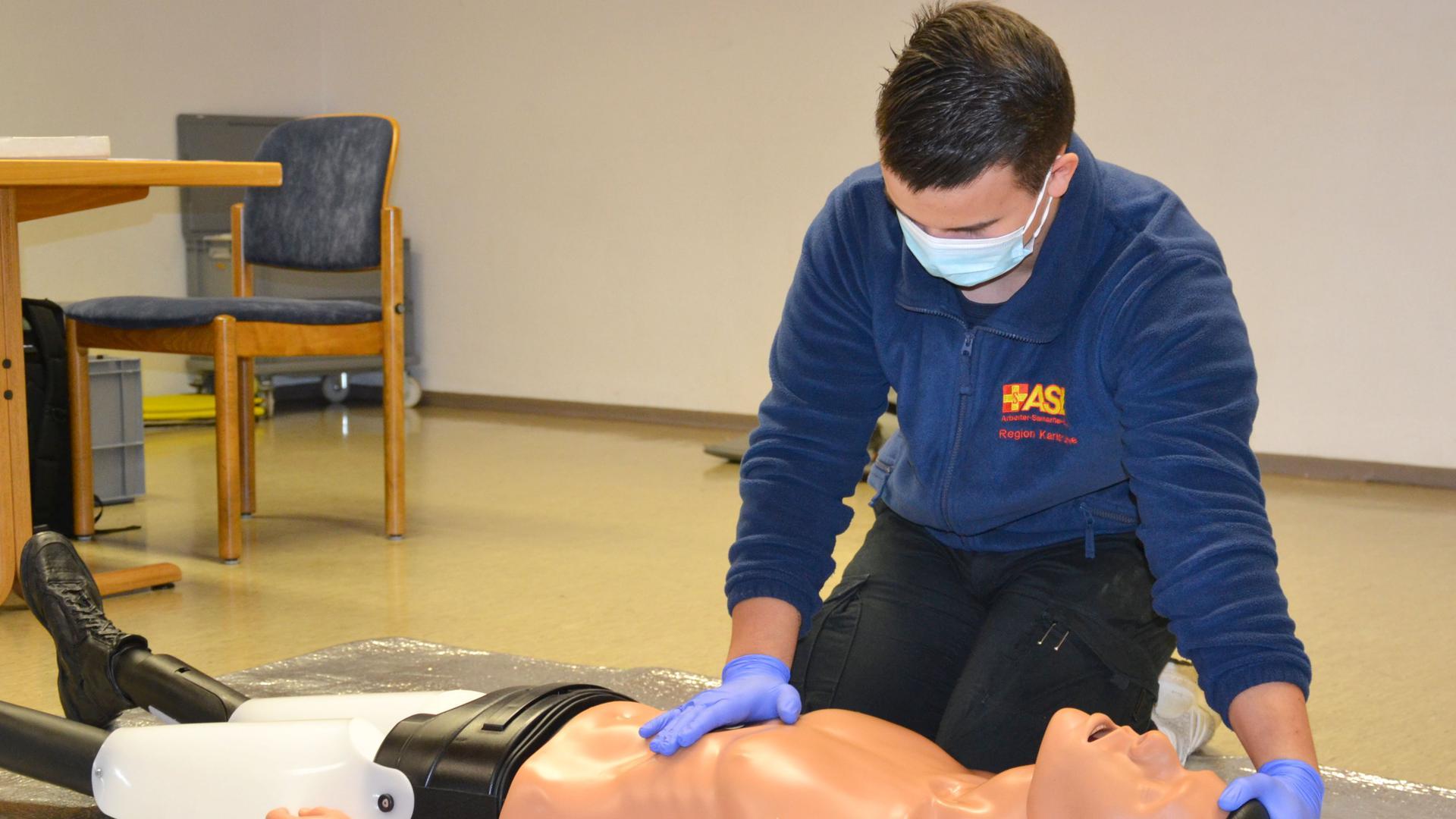 Erste-Hilfe-Kurs des ASB in Sasbachwalden