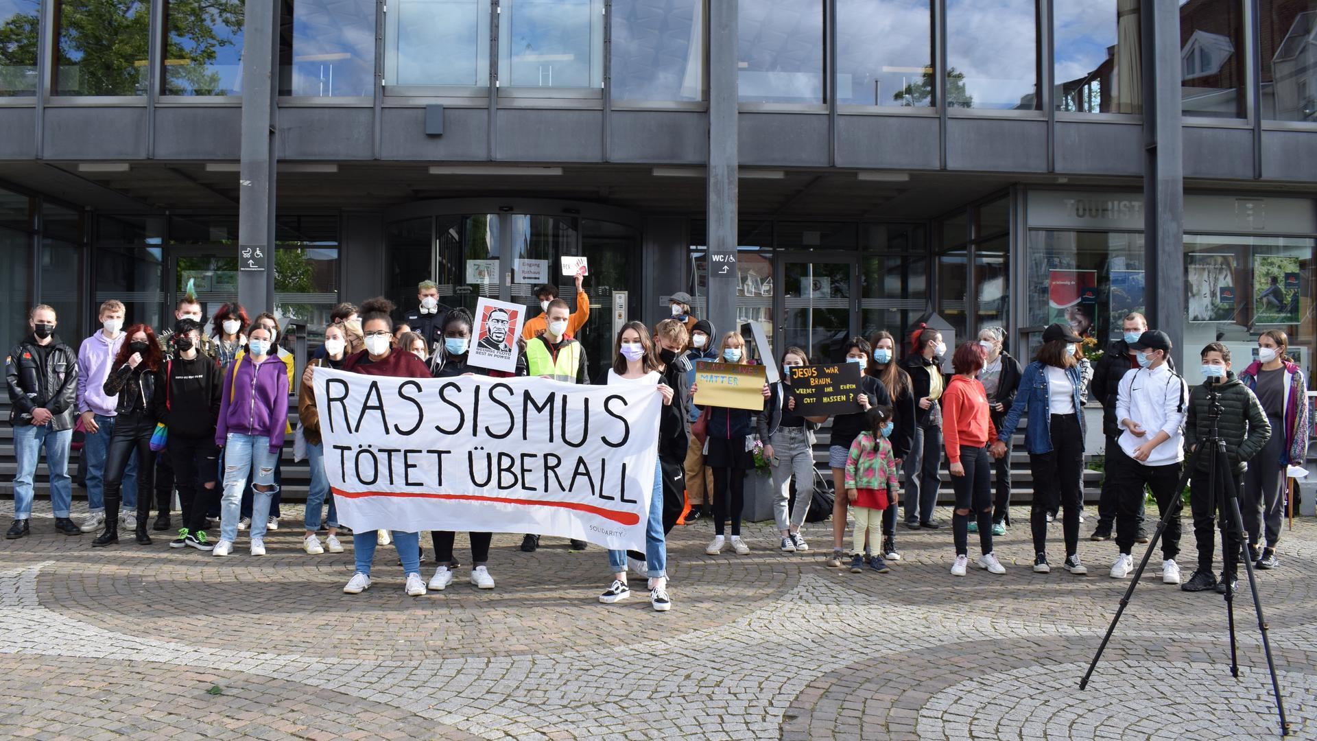 Politische Arbeit in Achern: Junge politische Gruppe Solidarity Ortenau meldet sich erstmals zu Wort.