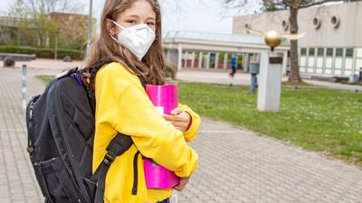 Mit Maske, Abstand und einem Corona-Schnelltest soll jetzt auch am Gymnasium Achern wieder die Schule im Präsenzunterricht beginnen. Foto: Michael Brück