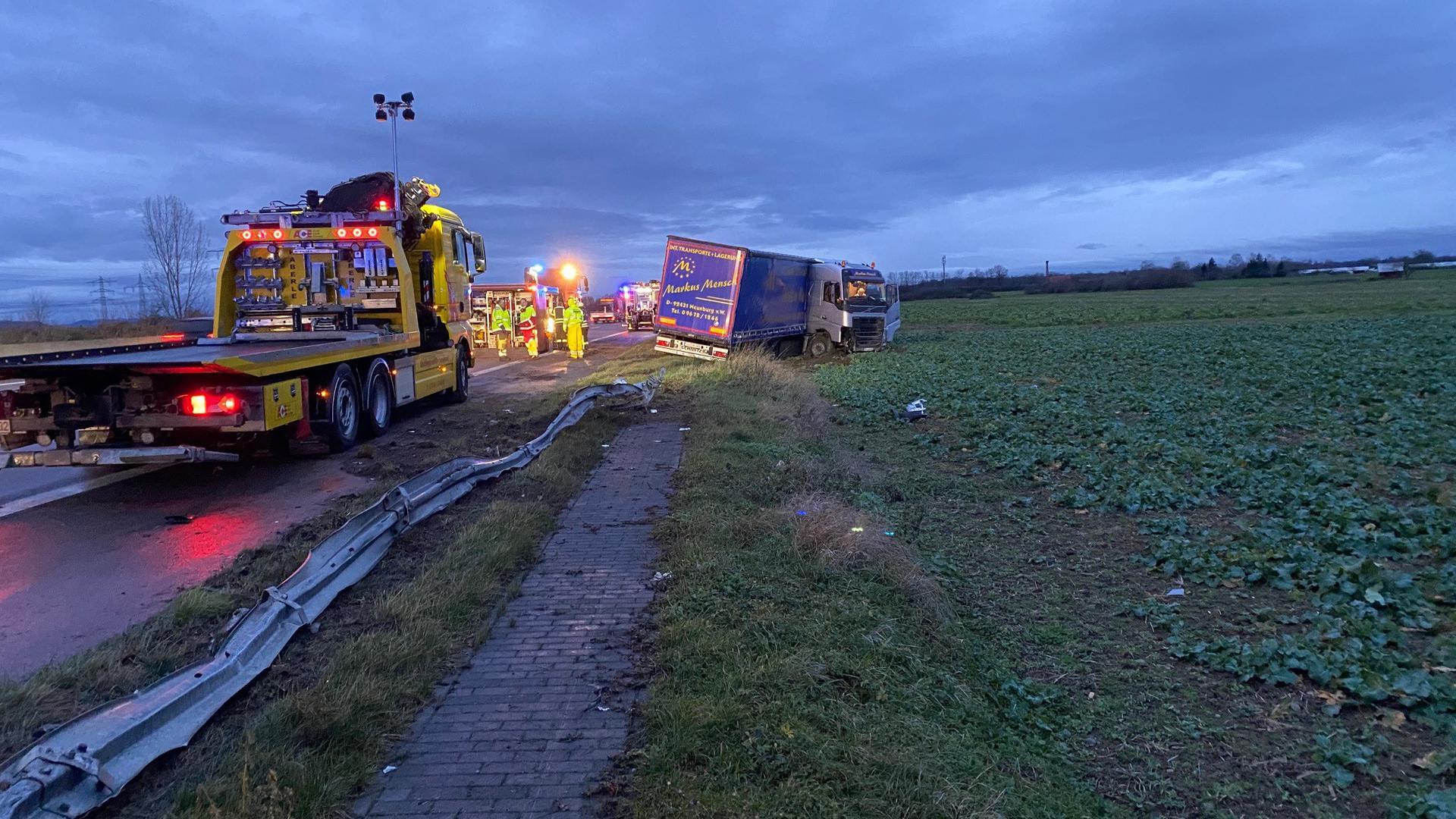 Lkw-Unfall zwischen Achern und Appenweier am Montagmorgen.