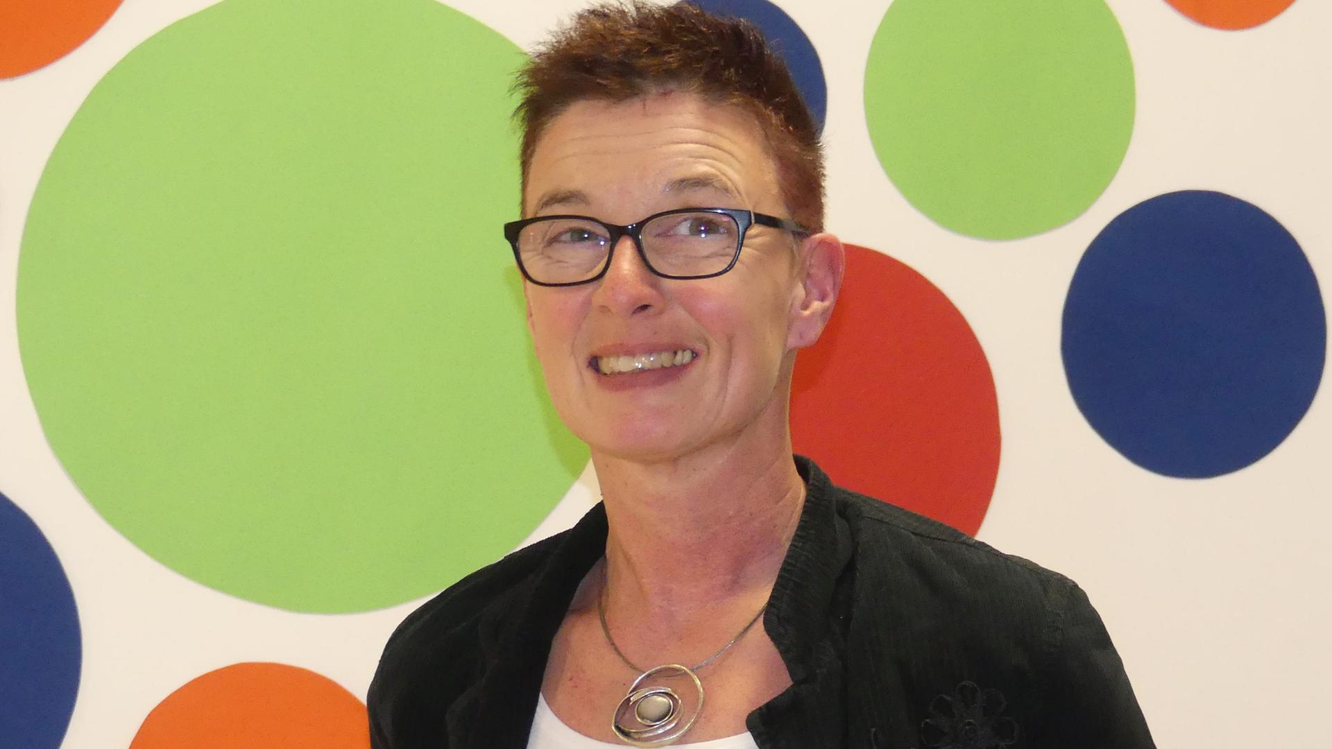 """Neustart: Hildegard Garske ist neue Leiterin des Kindergartens """"St. Nikolaus"""" in Achern."""