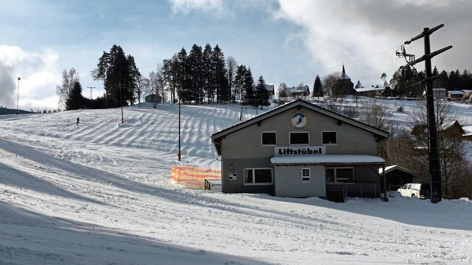 Die 400 Meter lange Piste in Forbach-Hundsbach ist für Kinder und Anfänger gut geeignet.