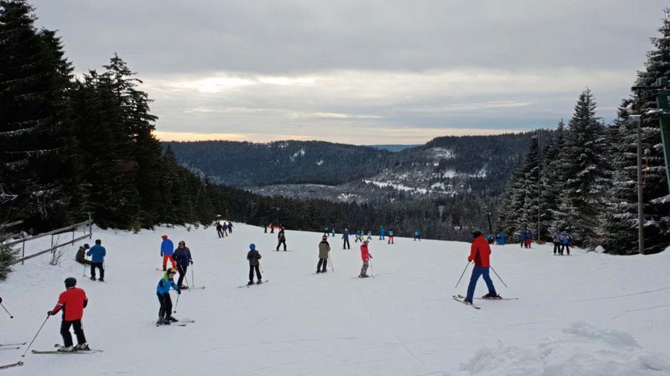 Auf dem Vogelskopf gibt es sowohl für Anfänger als auch für erfahrene Skifahrer die passende Abfahrt.