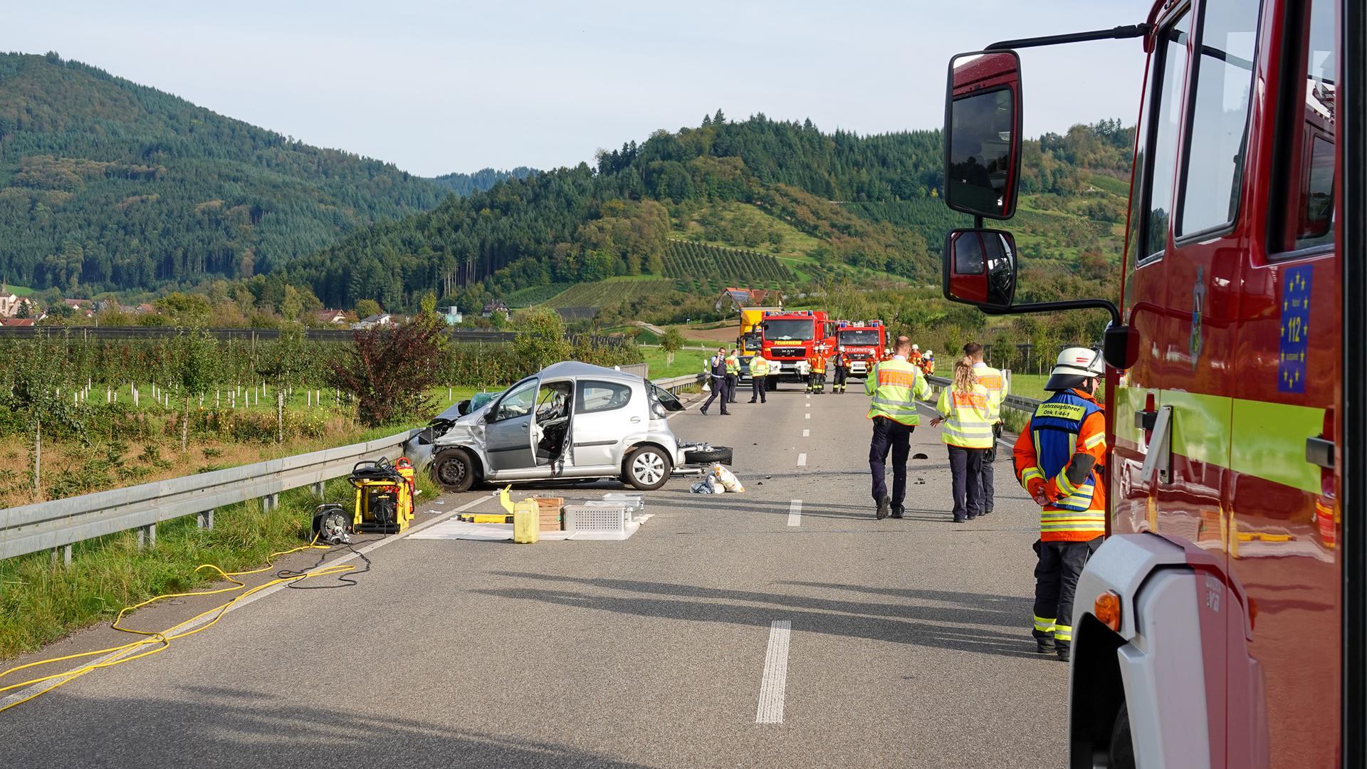 Der Motorradfahrer erlag noch an der Unfallstelle seinen Verletzungen.