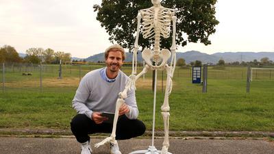 BU: Prof. Dr. Steffen Willwacher ist für den Bereich Sport und Bewegungsbiomechanik von der Deutschen Sporthochschule Köln an die Hochschule Offenburg gewechselt. Sein Hauptthema ist die Analyse von Bewegungsabläufen sowie den dabei entstehenden Belastungen von Muskeln und Knochen.