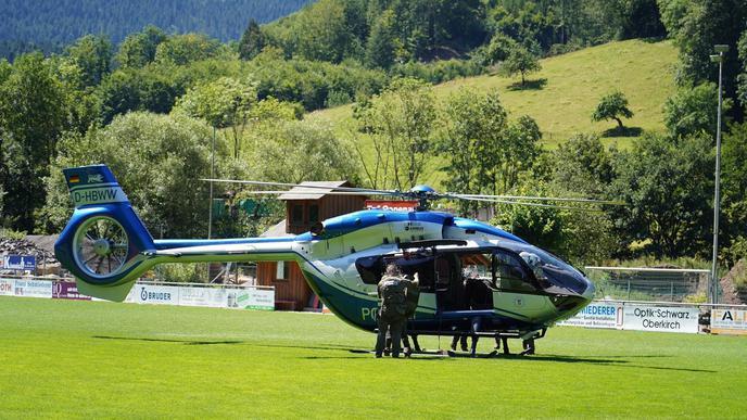 Das SEK wurde bereits am Sonntag per Polizeihubschrauber eingeflogen.