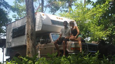 Mobiles Zuhause: Marie Welsche und Martin Bliss sind seit rund 2,5 Jahren mit ihrem Auto in Mittelamerika unterwegs.