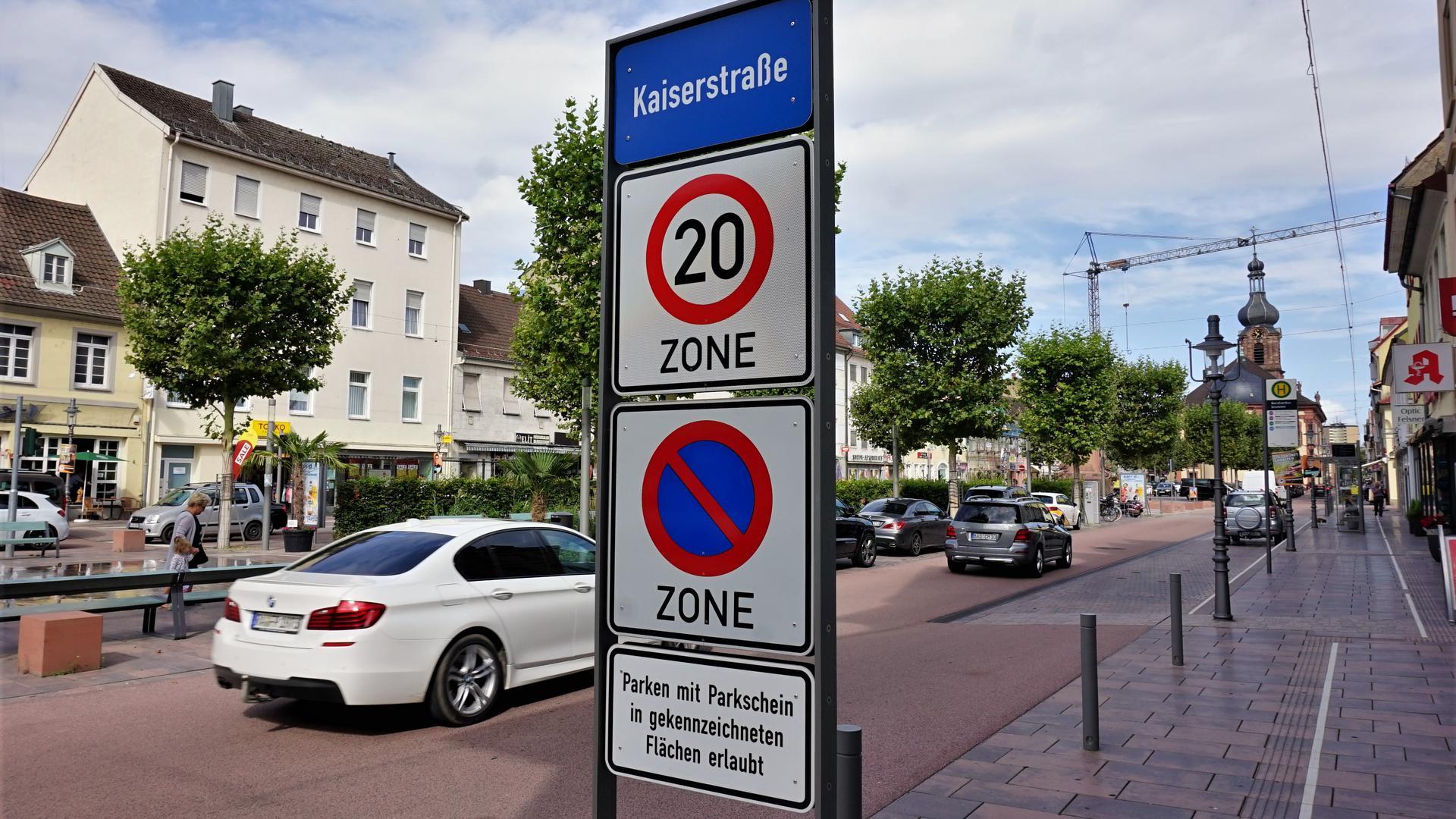 Bild neue 20er-Zone in der Kaiserstraße Rastatt