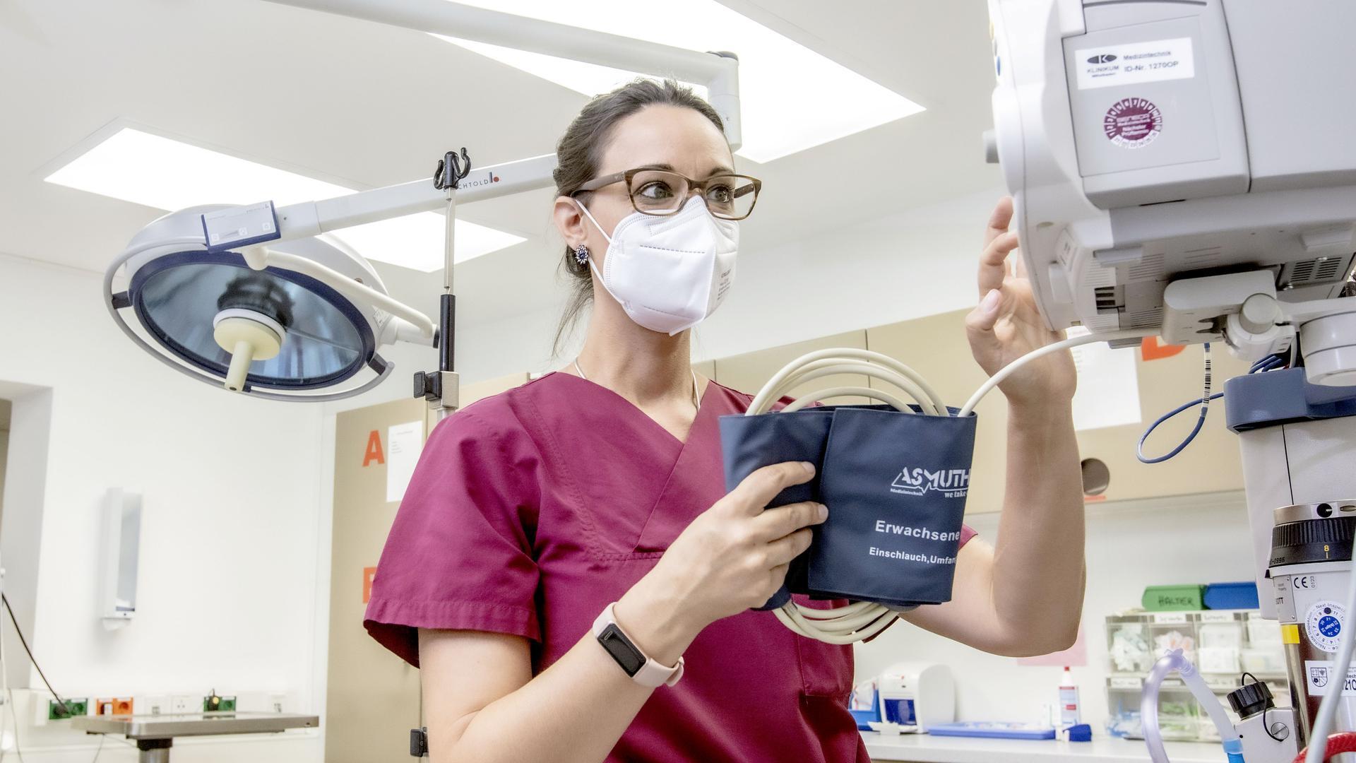 Krankenschwester Sandra Boh im Schockraum am Rastatter Klinikum