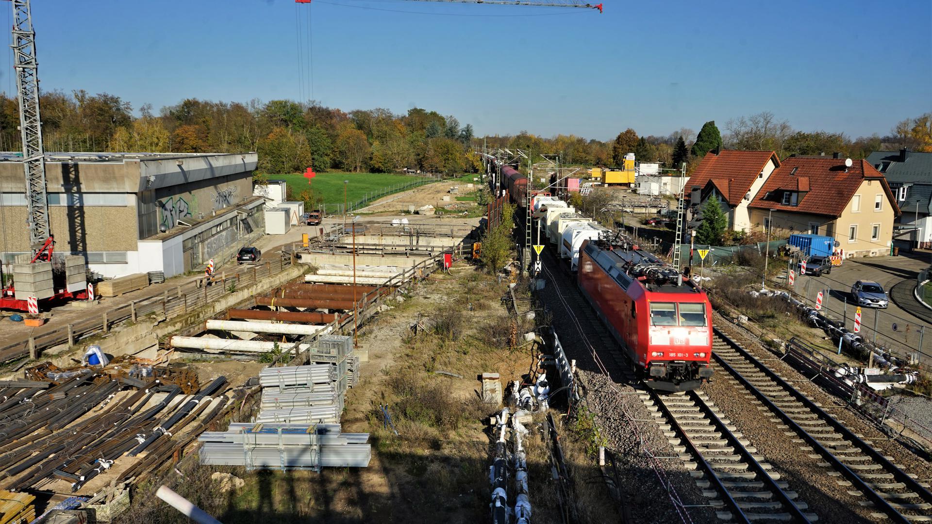 Baustelle an der Rheintalbahn - Tunnel Rastatt - Niederbühl - Sporthalle - Tunnelhavarie