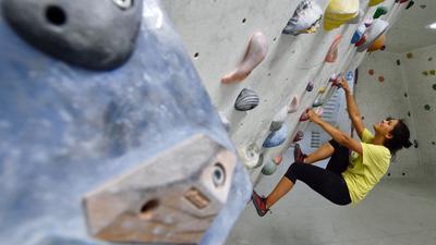 Ohne Sicherung: Bouldern ist in den vergangenen Jahren zum Trendsport geworden und könnte bald auch in Rastatt betrieben werden.