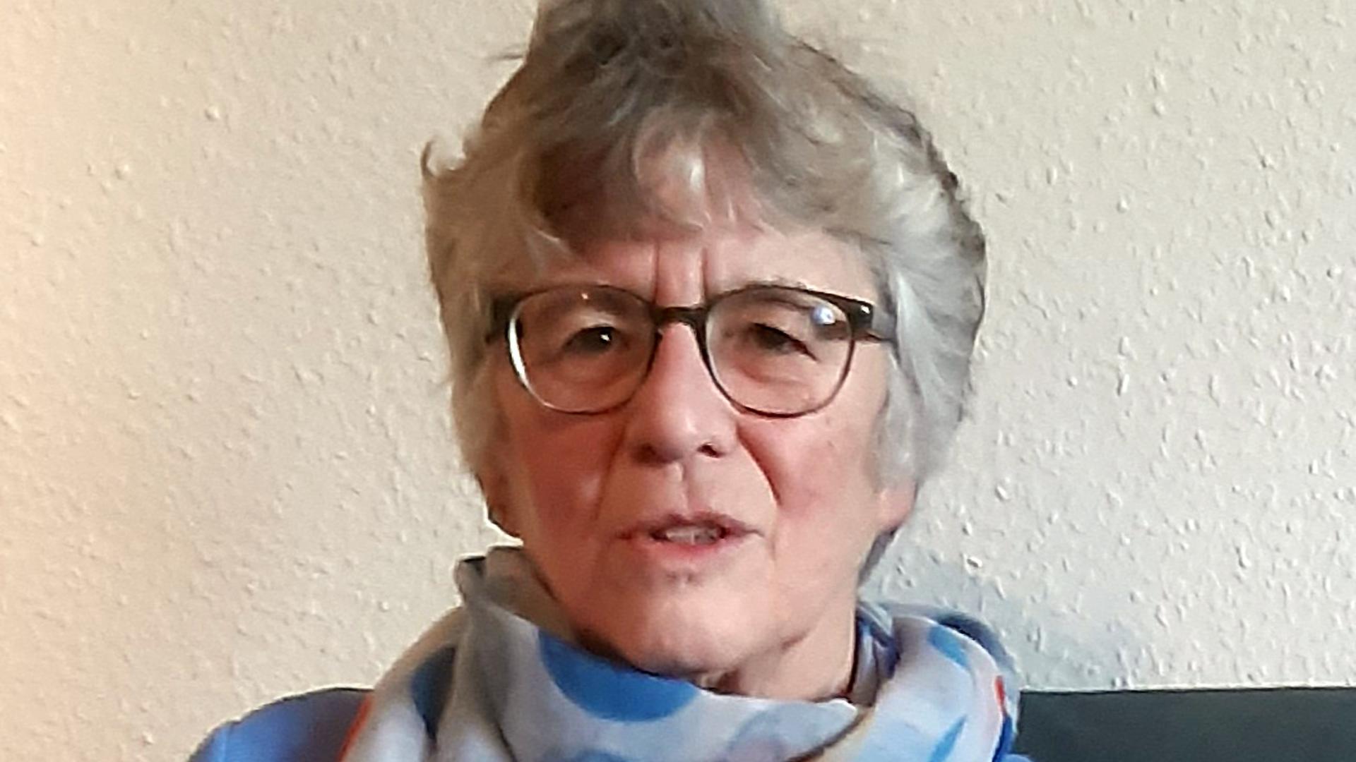 Im Einsatz für Menschen in akuten Krisen und schwierigen Lebenslagen: Pfarrerin Bettina Grimberg erwartet einen hohen Gesprächsbedarf an den Feiertagen.