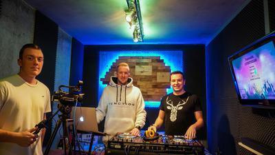 Party, DJ, Pult, Livestream, Fastnacht