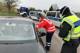 Fieberkontrolle im ersten Lockdown an der deutsch-französischen Grenze