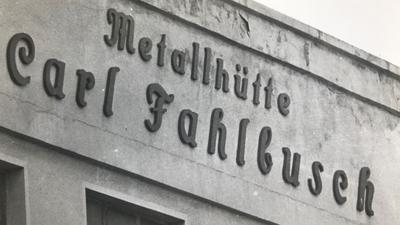 """Bundesweit bekannt: Der Firma """"Metallhütte Carl Fahlbusch"""" wird in den 1980er Jahren Namensgeber für einen der größten Umweltskandale in Deutschland."""