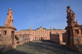 Startpunkt des Revolutionspfads: Die Soldaten der Festung schlugen sich auf die Seite der Demokraten und rebellierten im Schlosshof.