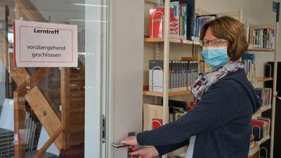 Stadtbibliothek Rastatt Lerntreff geschlossen Leiterin Birgit Stellmach