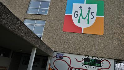 Das Schulgebäude in Bietigheim.