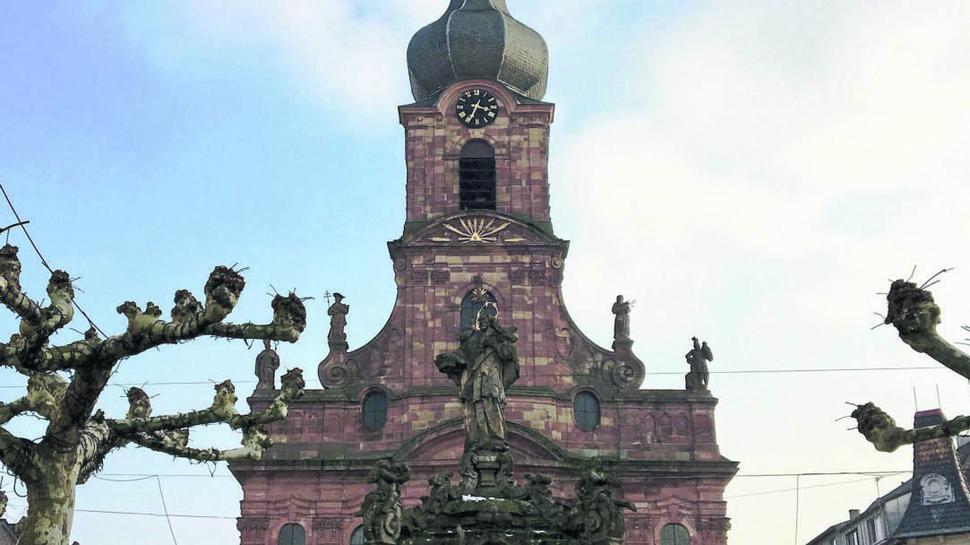 Kommt nicht rein: In der Stadtkirche Sankt Alexander darf der Tenor nicht auftreten. Sein Konzertprogramm passt dem Kantor nicht ins Konzept.