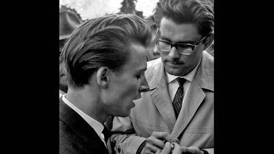 Zwei Männer, altes Bild, einer mit Brille