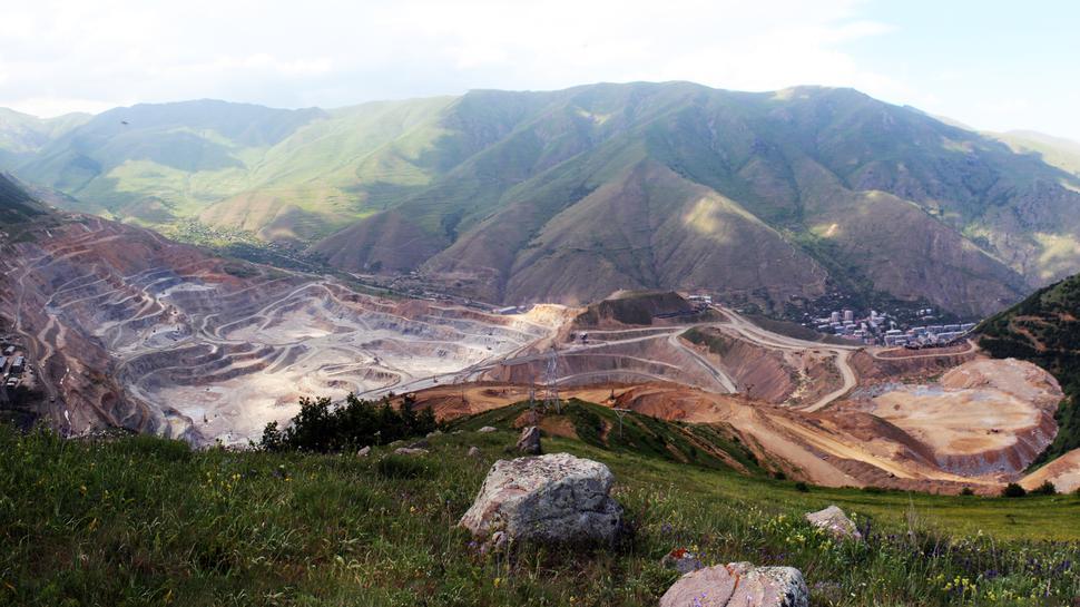 Mine in Albanien