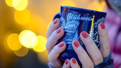 Klassiker: Glühwein gehört auf Weihnachtsmärkten eigentlich dazu.