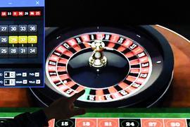 Glücksspiel hat seine Anziehungskraft: Online-Anbieter können ab Juli den deutschen Markt erobern. Forscher sehen das kritisch und warnen vor erhöhten Suchtproblemen.