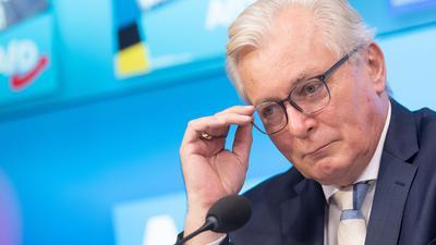 Bernd Gögel, Fraktionsvorsitzender der AfD-Fraktion im Landtag von Baden-Württemberg und Spitzenkandidat für die Landtagswahl, spricht während der Vorstellung der AfD Baden-Württemberg ihres Wahlprogramms.