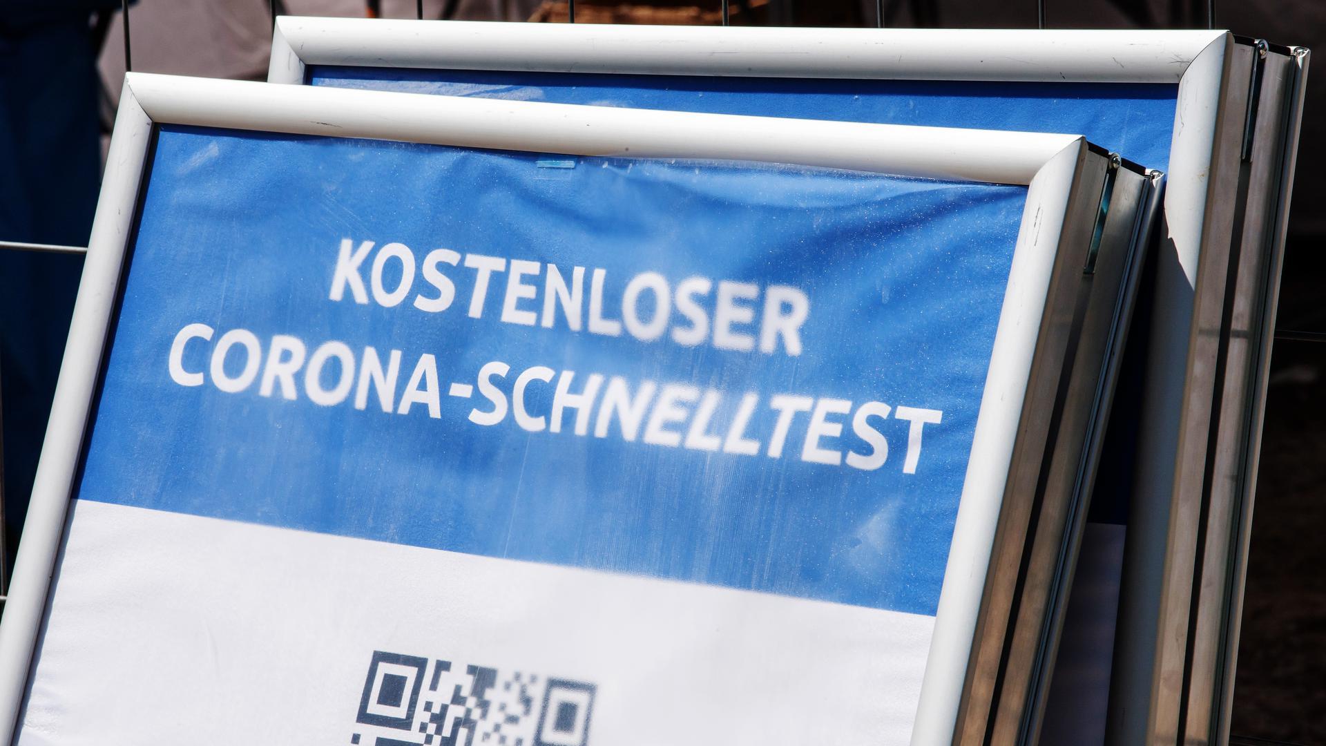 Getestet ist schnell: So mancher Betreiber mag das Geschäft mit den Corona-Schnelltests für sich entdeckt haben, um sich zu bereichern. Bis zu 18 Euro erhalten diese vom Staat pro ausgeführtem Test.