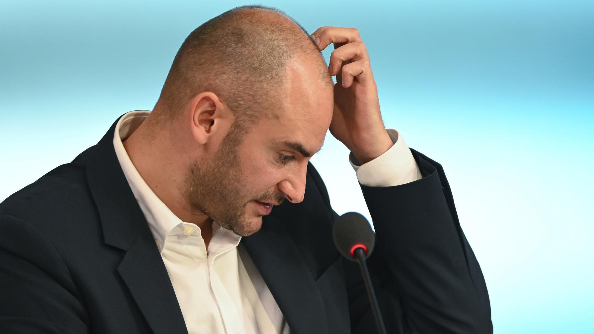 Herr der Zahlen: Danyal Bayaz, Finanzminister von Baden-Württemberg, betont, der Landeshaushalts 2022 sei zwar ein solides Fundament, aber nicht frei von Risiken.