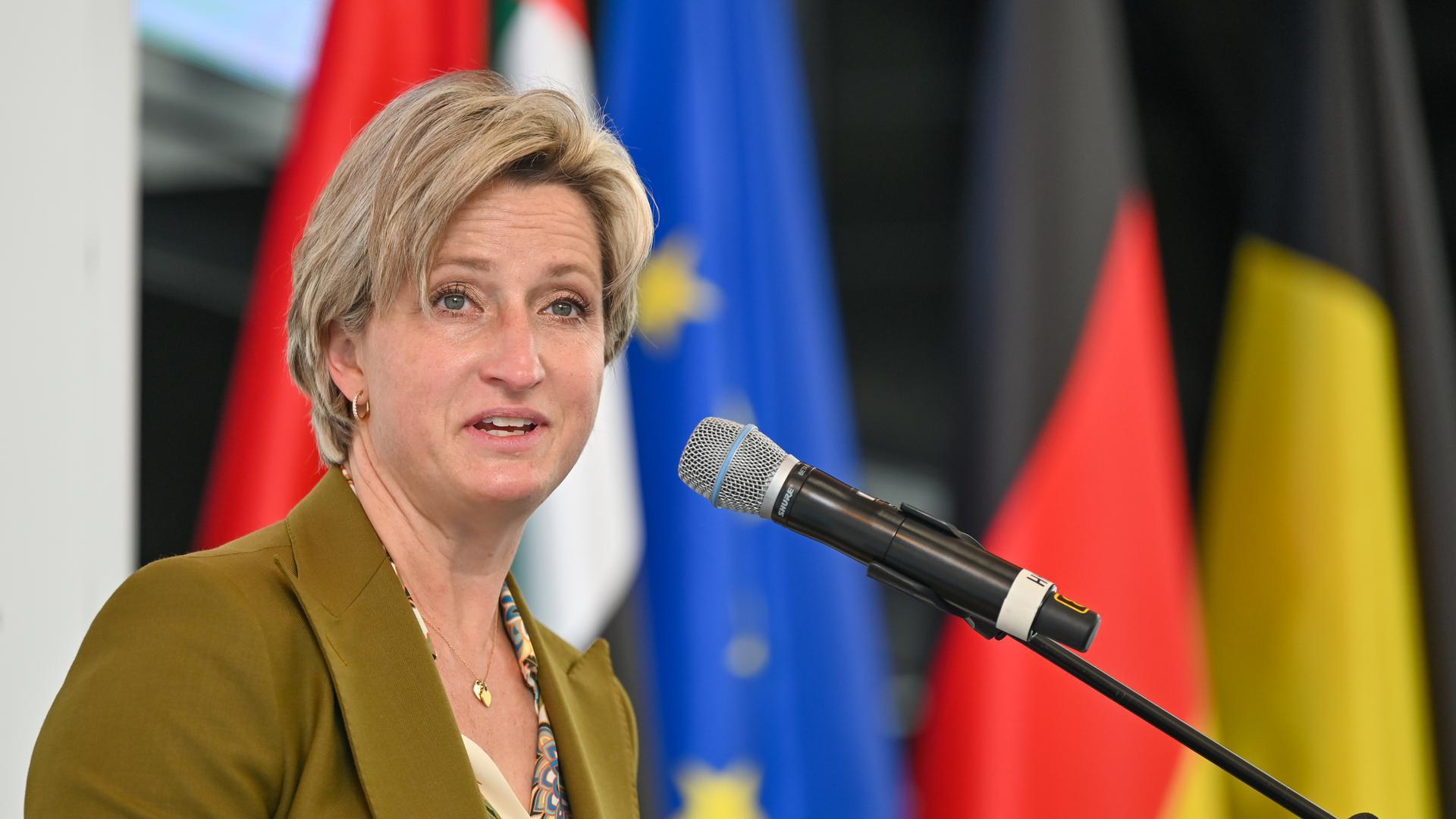 Nicole Hoffmeister-Kraut (CDU),Wirtschaftsministerin von Baden-Württemberg.