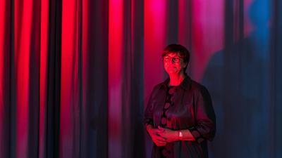 Vorhang auf: Die gebürtige Schwarzwälderin und Bundesvorsitzende Saskia Esken wählte beim Landesparteitag wie andere Redner auch große Worte zu den Ambitionen der SPD.