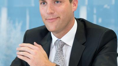 """Manuel Hagel, CDU-Landtagsabgeordneter aus Ehingen, wird am 13.06.2016 in Stuttgart (Baden-Württemberg) als neuer Generalsekretär der CDU Baden-Württemberg vorgestellt. Foto: Bernd Weißbrod/dpa (zu dpa """"Manuel Hagel wird neuer CDU-Generalsekretär"""" vom 13.06.2016) +++(c) dpa - Bildfunk+++"""