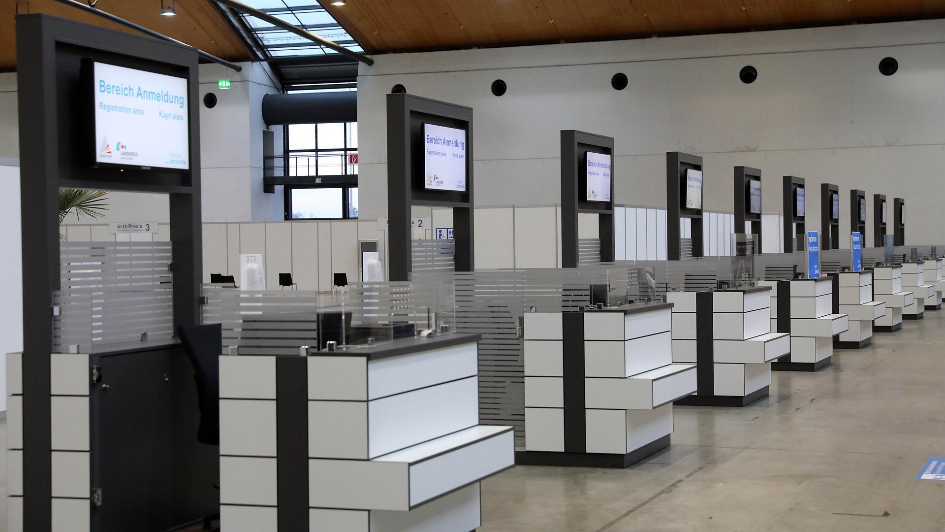 Noch einige Hürden zu nehmen: Kurz vor dem geplanten Start der Corona-Impfungen im ZIZ an der Messe Karlsruhe streiten Land und Kommunen offenbar noch über die Kosten und Haftungsfragen.