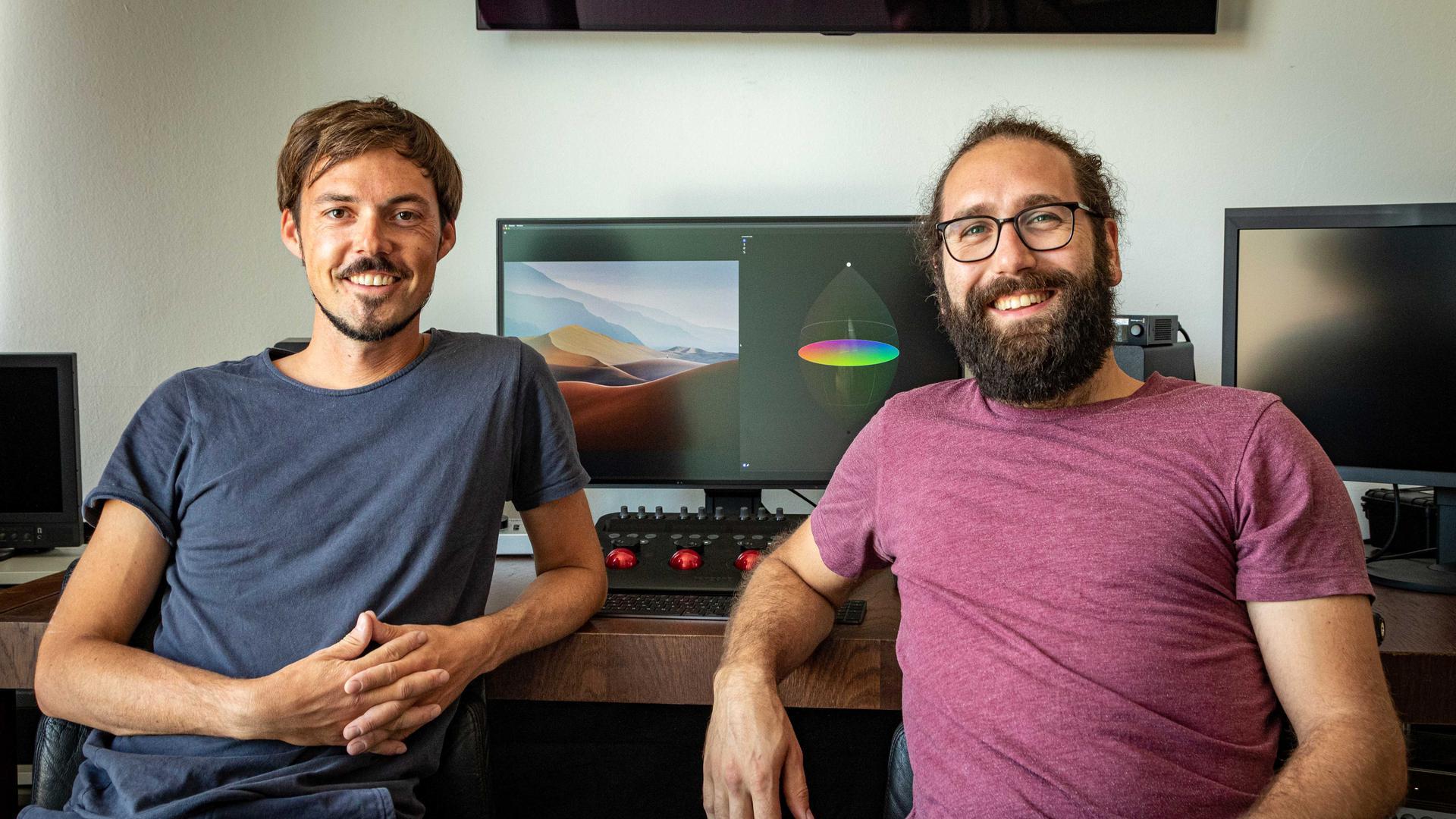 Innerhalb weniger Wochen entwickelten Pirmin Straub und Manuel Hüttel die Software, mit der restlicher Impfstoff besser verteilt werden soll.