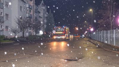 Ein Mann aus Graben-Neudorf erlitt Verätzungen bei einem chemischen Unfall.