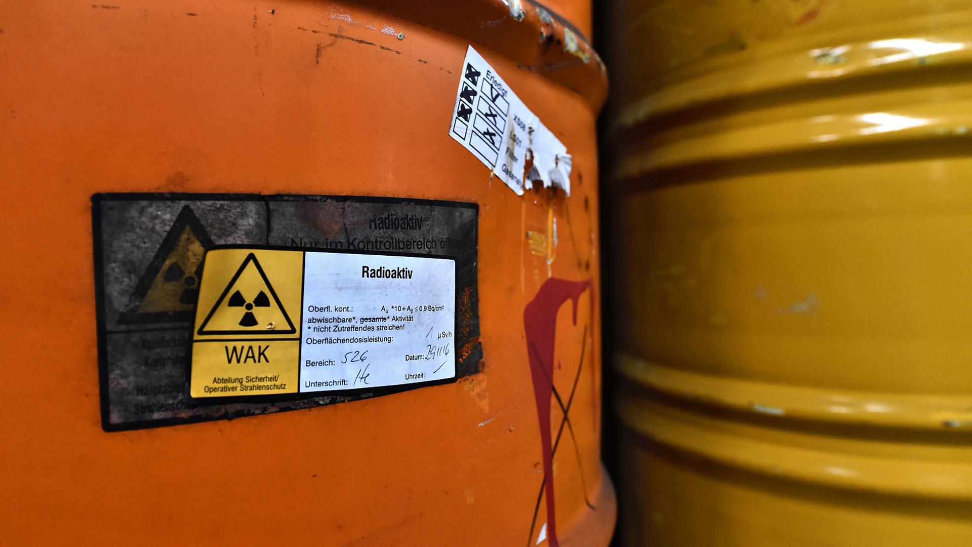 Fässer mit Atommüll: Mehr als 75.000 Stück stehen heute auf dem Gelände des KIT Eggenstein-Leopoldshafen, Campus Nord.