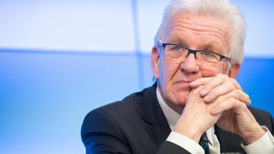 Winfried Kretschmann (Bündnis 90/Die Grünen) bei einer Pressekonferenz.